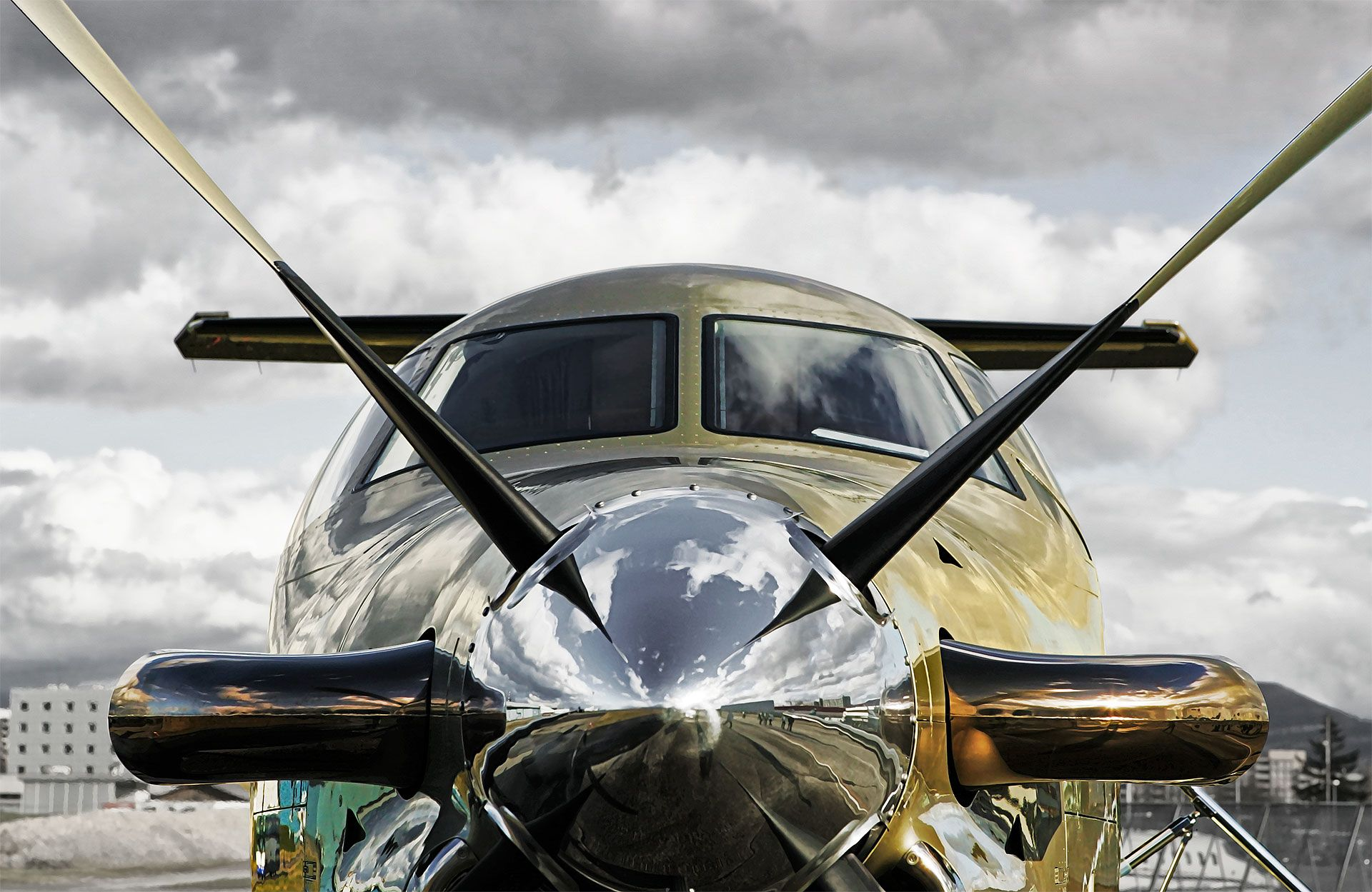 Wings & Bridges Pilatus PC-12 Front View